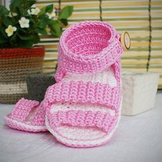 Free Crochet Baby Shoes Patterns | Baby Shoes Patterns, Crochet Baby Socks Pattern, Free Baby Booties