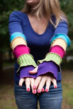 I made these Armwarmers. (Katwise pattern) Love her stuff!!