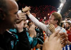 Nico Rosberg Closes Out F1 Season With Yet Another Victory