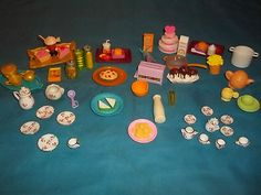 Too cute! 53 Piece Barbie Accessories Lot-Food, Dishes& Kitchen Items in GREAT shape! Kitchen Dishes, Kitchen Items, Food Dishes, Barbie House Furniture, Doll Toys, Dolls, Barbie Accessories, Shapes, Cute