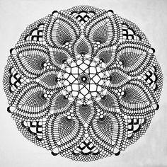 Ravelry: Tropical Beauty pattern by Elizabeth Hiddleson Ravelry Crochet, Diy Crochet, Crochet Wall Art, Dream Catcher Mandala, Knitting Patterns, Crochet Patterns, Crochet Dreamcatcher, Crochet Dollies, Crochet Mandala Pattern