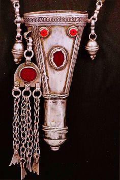 Antique Yemeni Bedouin Silver Kohl Necklace.