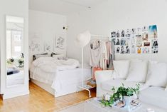 Charming Bedroom Ideas For Your Tiny Apartment That Looks Cool Apartment Bedroom Decor, Studio Apartment Decorating, Living Room Interior, Apartment Living, Living Room Decor, Apartment Ideas, Apartment Layout, Apartment Checklist, Apartment Interior