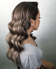 It is high time to think about prom hairstyles as the big dance will soon be upon us. Whether you are looking for prom long or medium length hairstyles, the options are limitless. There are a ton of fun, elegant, and trendy hairstyles for the upcoming pro Prom Hairstyles For Long Hair, Homecoming Hairstyles, Trendy Hairstyles, Braided Hairstyles, Wedding Hairstyles, Dance Hairstyles, Gorgeous Hairstyles, Teenage Hairstyles, Beautiful Haircuts