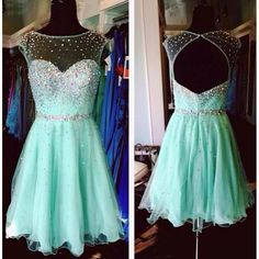 Colorful Beaded Homecoming Dresses Fashion Girls High Cap Sleeves Ball Gown Short Party Gowns Sequined Top Backless Knee Length Dresses
