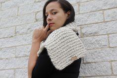 Chunky knit scarf in cream- The Seoul scarf- Korean fashion, Knit wool scarf, Gift idea Crochet Bows, Knit Crochet, Cozy Fashion, Winter Fashion, Chunky Knit Scarves, Winter Hats For Women, Crochet Accessories, Wool Scarf, Scarf Styles