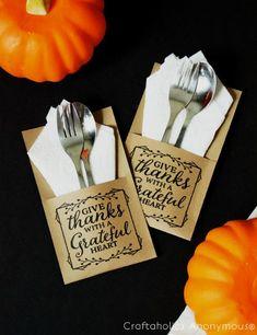 FREE Thanksgiving Utensil Holders plus 31 FREE Thanksgiving Printables