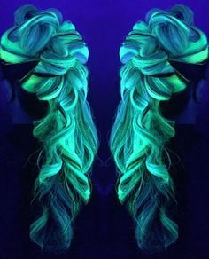 Now Your Rainbow Hair Can Glow In The Dark Under Black Light | Bored Panda