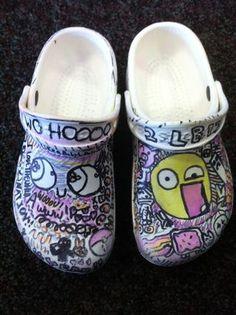 6a010536baa9fc970c015390202434970b-320wi (320×428) Crocs, Sandals, Fashion, Moda, Shoes Sandals, Fashion Styles, Fashion Illustrations, Sandal