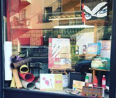 """""""Mi piace"""": 17, commenti: 1 - Colorificio - Belle Arti (@sfumaturedicolore) su Instagram: """"Una vetrina per creare ... #album #disegno #disegnoacolori #disegnoamatita #colours #olio #tela…"""""""