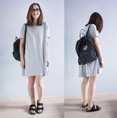 Weekday Dress, Fjällräven Kånken Backpack, H&M Necklace, Birkenstock Sandals