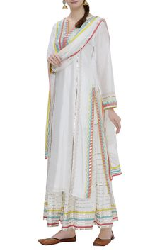 Shop Gopi Vaid Embroidered kurta sharara set , Exclusive Indian Designer Latest Collections Available at Aza Fashions Kurta Designs Women, Kurti Neck Designs, Blouse Designs, Dress Designs, Pakistani Dress Design, Pakistani Outfits, Indian Outfits, Salwar Kameez, Sharara