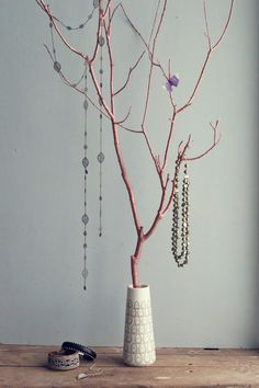DIY Jewellery Tree | HungryHeart.se