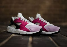#sneakers #news  The Nike Air Huarache Premium Arrives In Pink Tones
