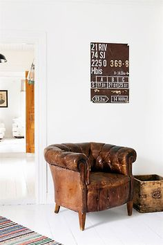 Brown leather chair | This Infinite Paradox