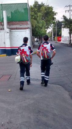 MedSlinger de StatPacks apoyando a los Profesionales de Cruz Roja Mexicana, Delegación DF  #SoyEMS  EMS Mexico | Equipando a los Profesionales