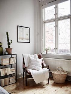 Un apartamento sueco para gente muy casera