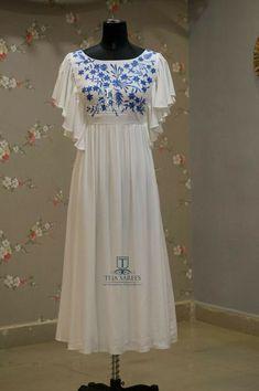 Abaya Muslim White Gowns Embroidery Women Dress Cocktail Maxi Kaftan Loose Vd Source by sumalab dresses cocktail Simple Kurti Designs, Kurta Designs Women, Blouse Designs, Kurthas Designs, Long Gown Dress, The Dress, Indian Designer Outfits, Designer Dresses, Stylish Dresses