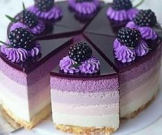 Purple Desserts, Purple Cakes, Food Cakes, Bounty Torte, Cheesecake Wedding Cake, Lavender Cake, Candied Almonds, Soap Cake, Low Calorie Desserts