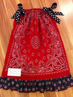Red Bandana Dress with Star Ruffle. Check out Giggly Girl Bowtique on FB! Baby Sewing Projects, Sewing For Kids, Sewing Hacks, Sewing Crafts, Clothing Patterns, Dress Patterns, Sewing Patterns, Bandana Dress, Red Bandana