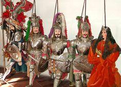 Pupi siciliani (Sicilian puppets).