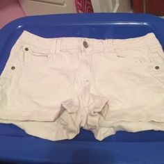 White jean shorts Candies brand white Jean shorts. Worn a couple of times, but still in great condition! Size 11. Candie's Shorts
