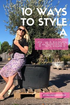 10 different ways to wear a tee! Also with a discount code for sustainable brand Organic Basics.