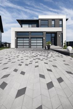 Driveways are designed to up your curb appeal. Start designing your dream driveway with these inpiration pictures!