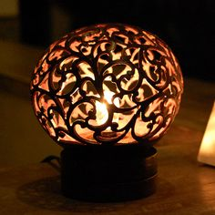 バリ島の人気アジアン照明。ココナッツボールランプ(ガムランモチーフ)[12731]【アジアンランプ ココナッツボール エスニック ライト ランプ 照明 おすすめ おしゃれ テーブルランプ 間接照明 バリ 癒し アジアンリゾート アジア雑貨 アジアン雑貨】 05P06Aug16