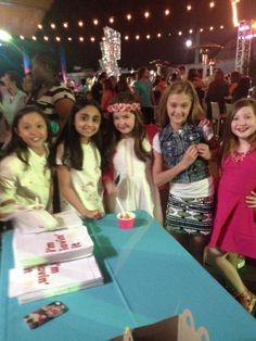 Breanna yde,saara Chaudry,addison riecke,lizzy Greene and ella Anderson together