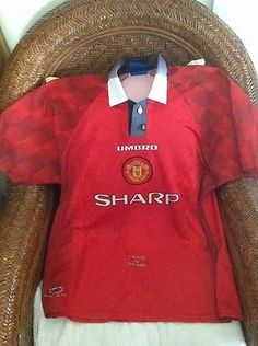 VINTAGE RARE UMBRO MANCHESTER UNITED FOOTBALL CLUB  SOCCER JERSEY SIZE XL MEN'S