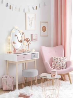 Cosy pink room
