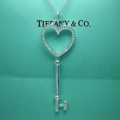 fcfdb8739433 AUTHENTIC Tiffany   Co. RARE Locket Heart Key Necklace 16