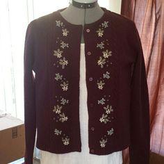 Eddie Bauer lambswool 100 % Lambswool. So cute and warm. Full length sleeves. Eddie Bauer Sweaters Cardigans
