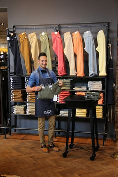 Welcome @ Van Dijk , no this ain't Milan, New York or Paris this is Waalwijk a small. Boutique Interior, Clothing Store Interior, Clothing Store Displays, Clothing Store Design, Men's Clothing, Denim Display, Visual Merchandising Displays, Store Layout, Store Interiors