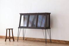Glass Case R009102アンティーク古いタバコ屋の鉄脚ガラスケース インテリア 雑貨 家具 Antique ¥80500yen 〆08月05日