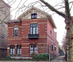 Station Anna Paulownastraat (Den Haag) is tegenwoordig de thuishaven van het Soefi Centrum.