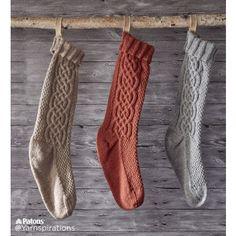 Ravelry: Sugar Twist Knit Stocking pattern by Yarnspirations Design Studio Knitting Patterns Free, Free Knitting, Knit Patterns, Free Pattern, Stitch Patterns, Cable Knitting, Knitting Tutorials, Knitting Machine, Vintage Knitting
