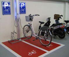 fiets oplaadpunt garage - Google Search