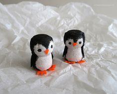 schaeresteipapier: Willkommen im Zoo - mit Sektkorken basteln - Pinguine