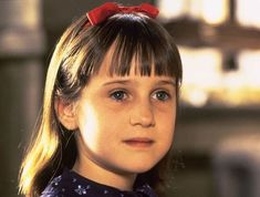 "Mara Wilson played the titular character in ""Matilda"" in - TriStar Pictures Mara Wilson, 90s Kids Movies, Good Movies, Danny Devito, Child Actors, Young Actors, Nickelodeon Game Shows, Matilda Movie, Wicked"
