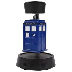 Doctor Who Levitating, Spinning TARDIS. Holy man. This must be mine!!!