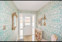 LOVE this wallpaper 96 Year Old is Selling Amazing 1950's Time Capsule Home | Photos | HGTV Canada
