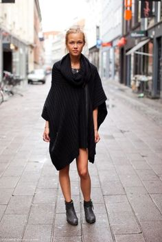 knit poncho/ coat. so comfy looking.