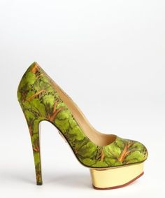 Charlotte Olympia : green printed fabric 'Dolly' platform pumps