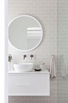 Retro Home Decor .Retro Home Decor Bathroom Tapware, Diy Bathroom, Bathroom Renos, Small Bathroom, Bathroom Fixtures, Los Angeles Villa, Beton Design, Welding Table, Design Furniture