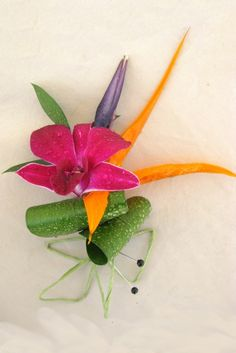 bird of paradise and an orchid boutonniere. instead of orchid, a mini daisy? Floral Wedding, Wedding Bouquets, Wedding Flowers, Orchid Boutonniere, Orange And Pink Wedding, Groom And Groomsmen Attire, Dendrobium Orchids, Flower Corsage, Floral Headpiece