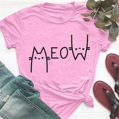 Cut Tee Shirts, Casual T Shirts, Men Shirt, Godparent Gifts, Best Gifts For Men, Cat Colors, Great Birthday Gifts, Cute Tshirts, Cute Designs