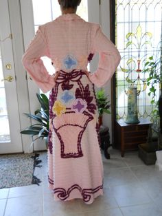 vintage chenille robe for sale | http://www.chenille-bedspread.com/vintage_look_robes