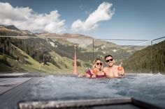 """Unser Outdoor Whirlpool """"Over the top"""". Wellnesshotel. Zillertal. Spa Hotel, Villa, Tub, Outdoor Decor, Hotels, Lifestyle, Time Out, Bathtubs, Fork"""